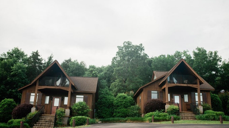 RiverStone Cottages – Cari Griffith