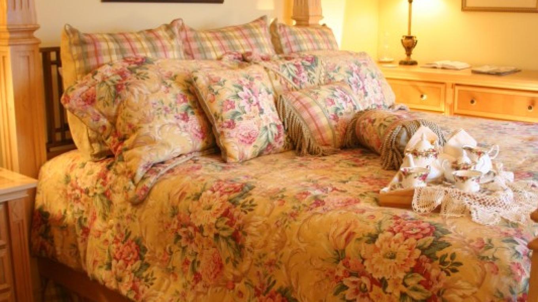 Leconte Sunrise Suite – Shirley H. Price