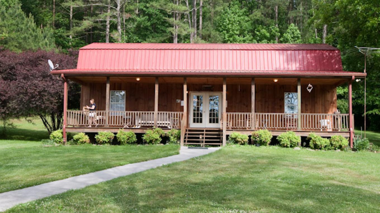 Halls Cabin