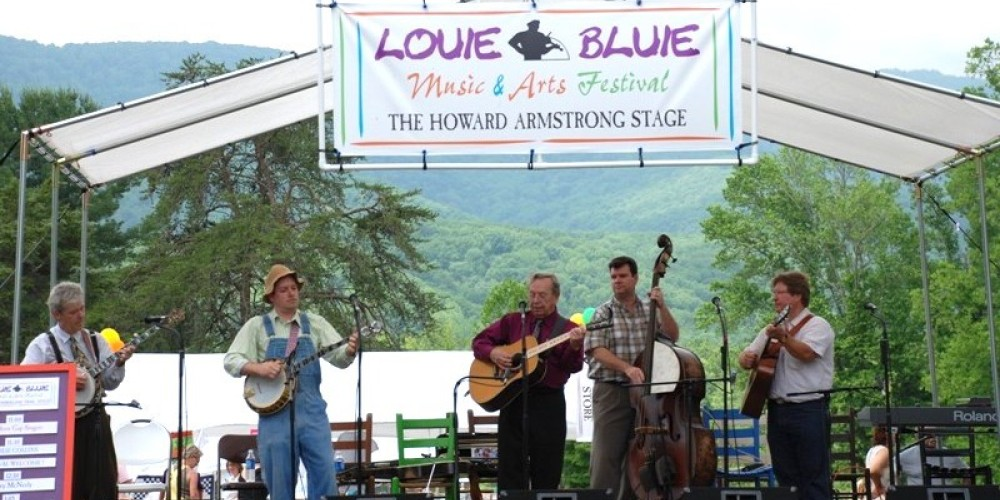 Variety of Blues, Gospel, Mountain Jazz, and Bluegrass brings people out to Louie Bluie at Cove Lake State Park – Bob Fulcher