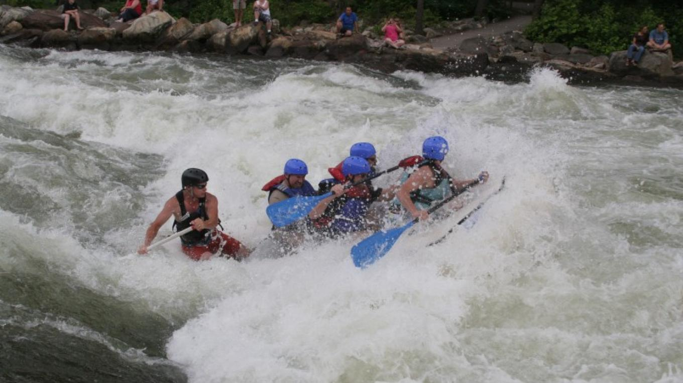Experience Olympic sized whitewater on the Upper Ocoee at Humongous rapid! – Tom Tohill/Digital Ocoee