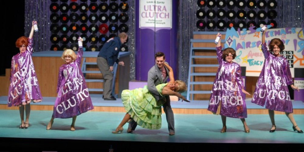 The 2011 production of HAIRSPRAY on the MainStage. – Alex McMahan