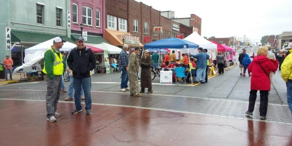 Picture of our Big Creek Fall ATV Festival in the downtown city of LaFollette