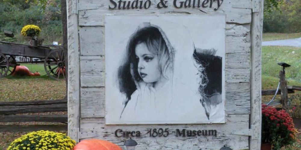 Paul Murray Gallery Fall decor – kjm