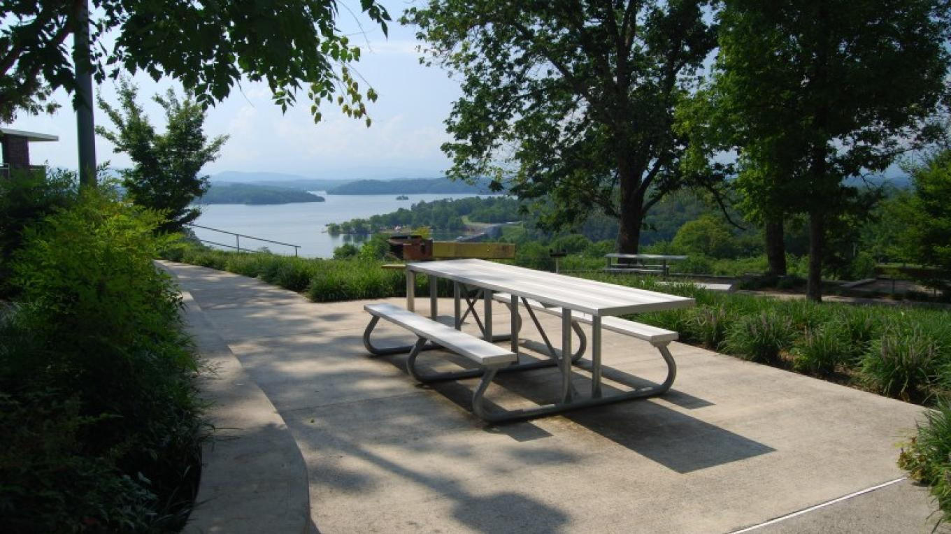 Douglas Dam overlook area – TVA