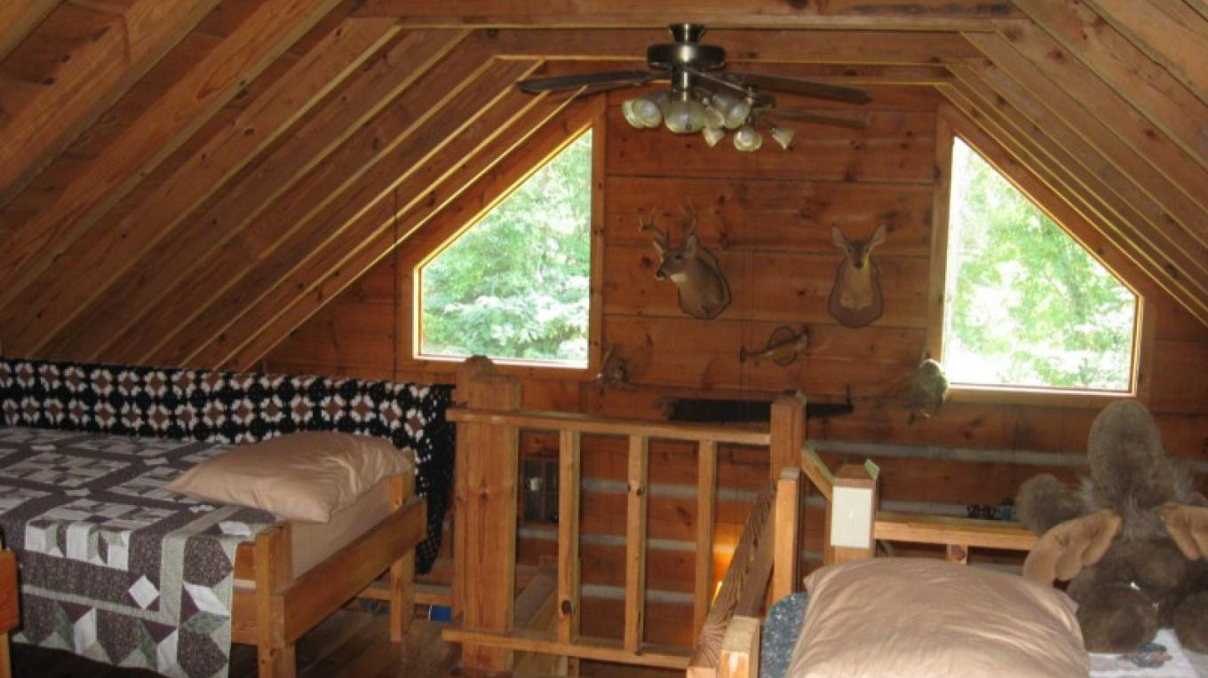 Cabin #1 Loft Sleeping Area – Patricia Scott