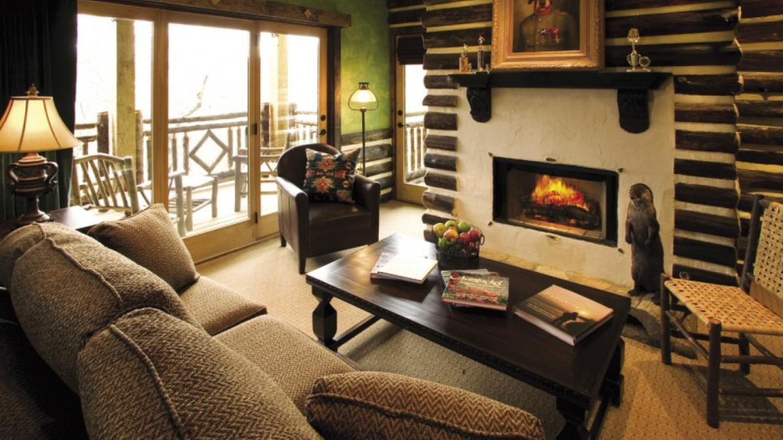 Gallery Suite Living Room