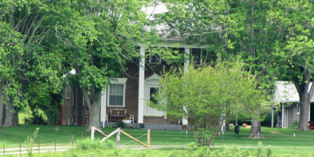 Slave Built Antebellum Home – Leon Graves
