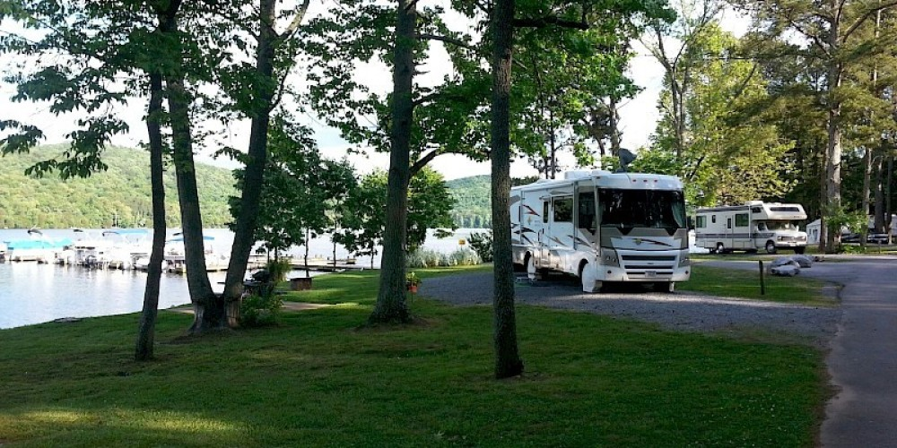 Lakefront RV camping – Recreation Resource Management