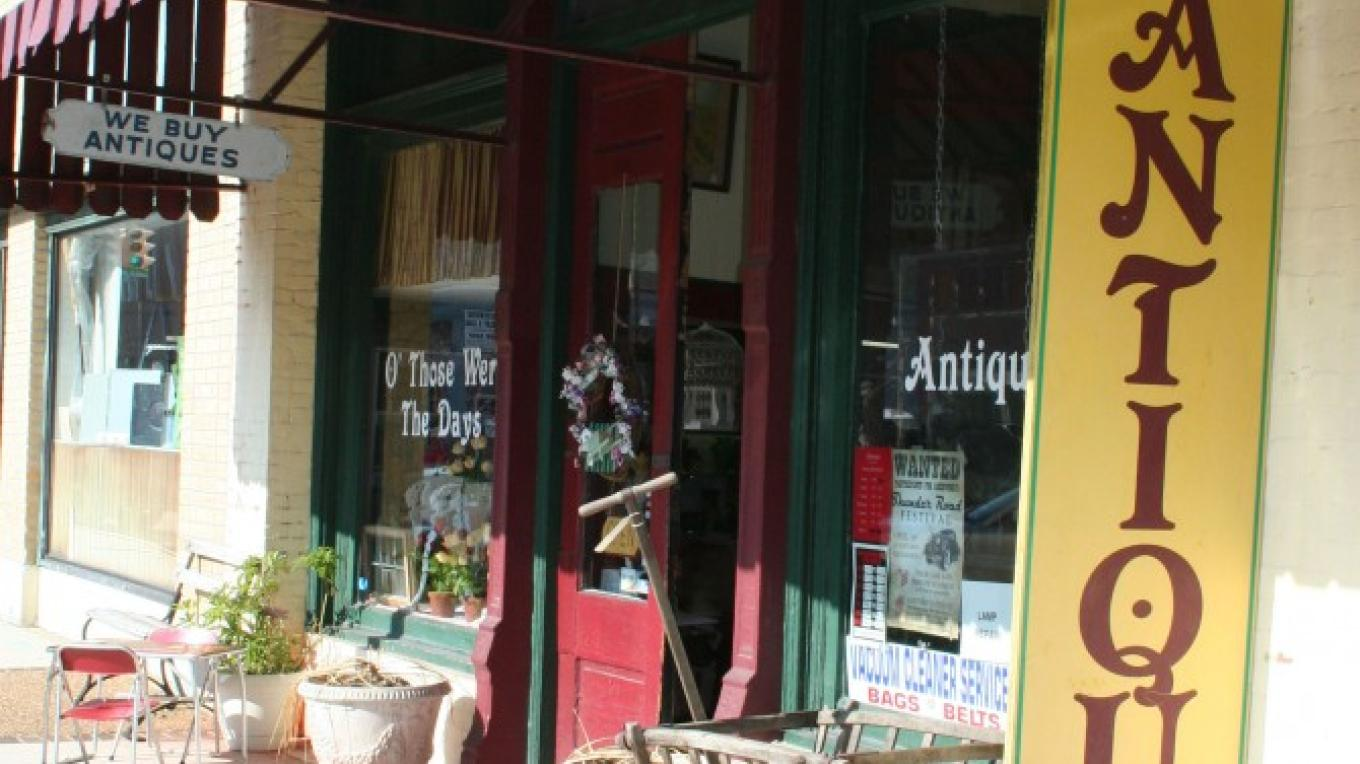 O' Those Were The Days Antique Mall – Pam May