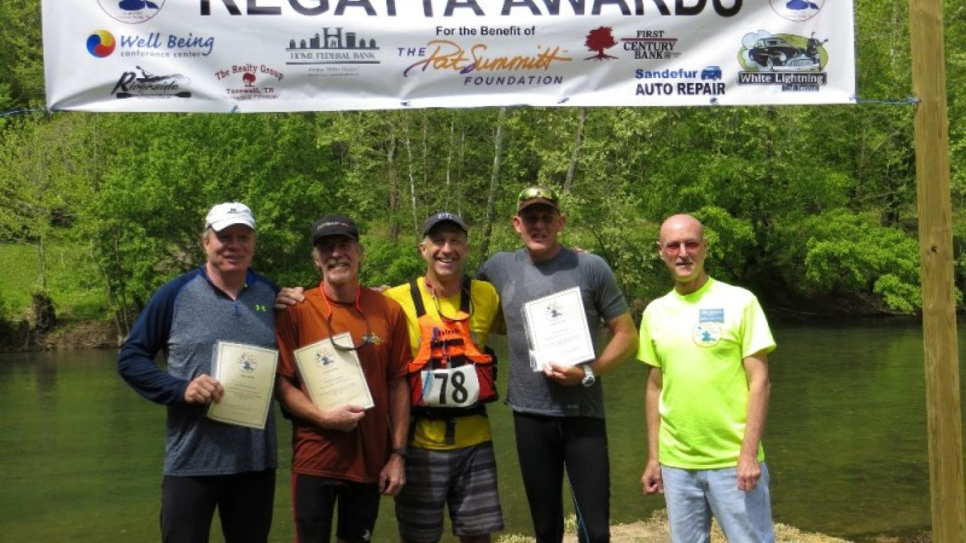 Awards Circle at the Finish Lone of the Powell River Kayak & Canoe Regatta – Chelsea Green