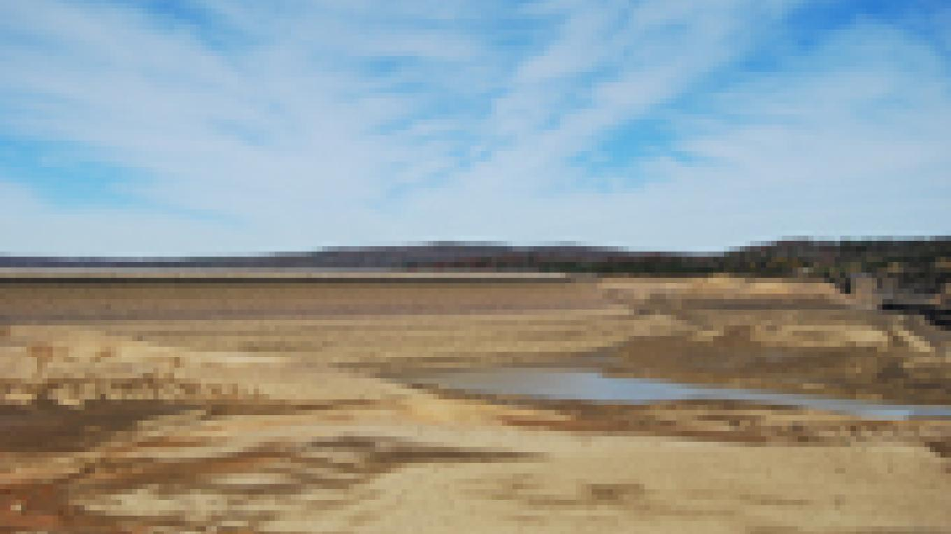 Water storage area when empty. – Scott Somershoe