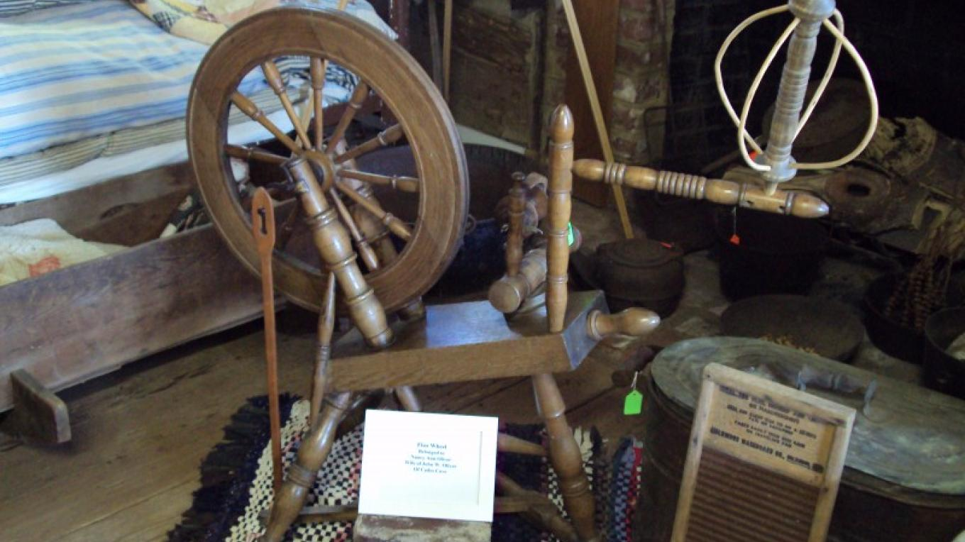 Flax Wheel owned by Nancy Ann Oliver – Stephen Weber