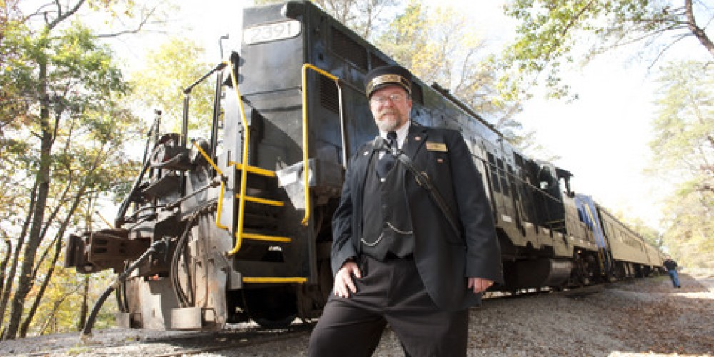 Train Conductor for Hiwassee River Rail Adventure – Tennessee Photographic Services