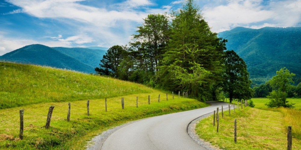 Paved road at Cades Cove – Rob Hainer