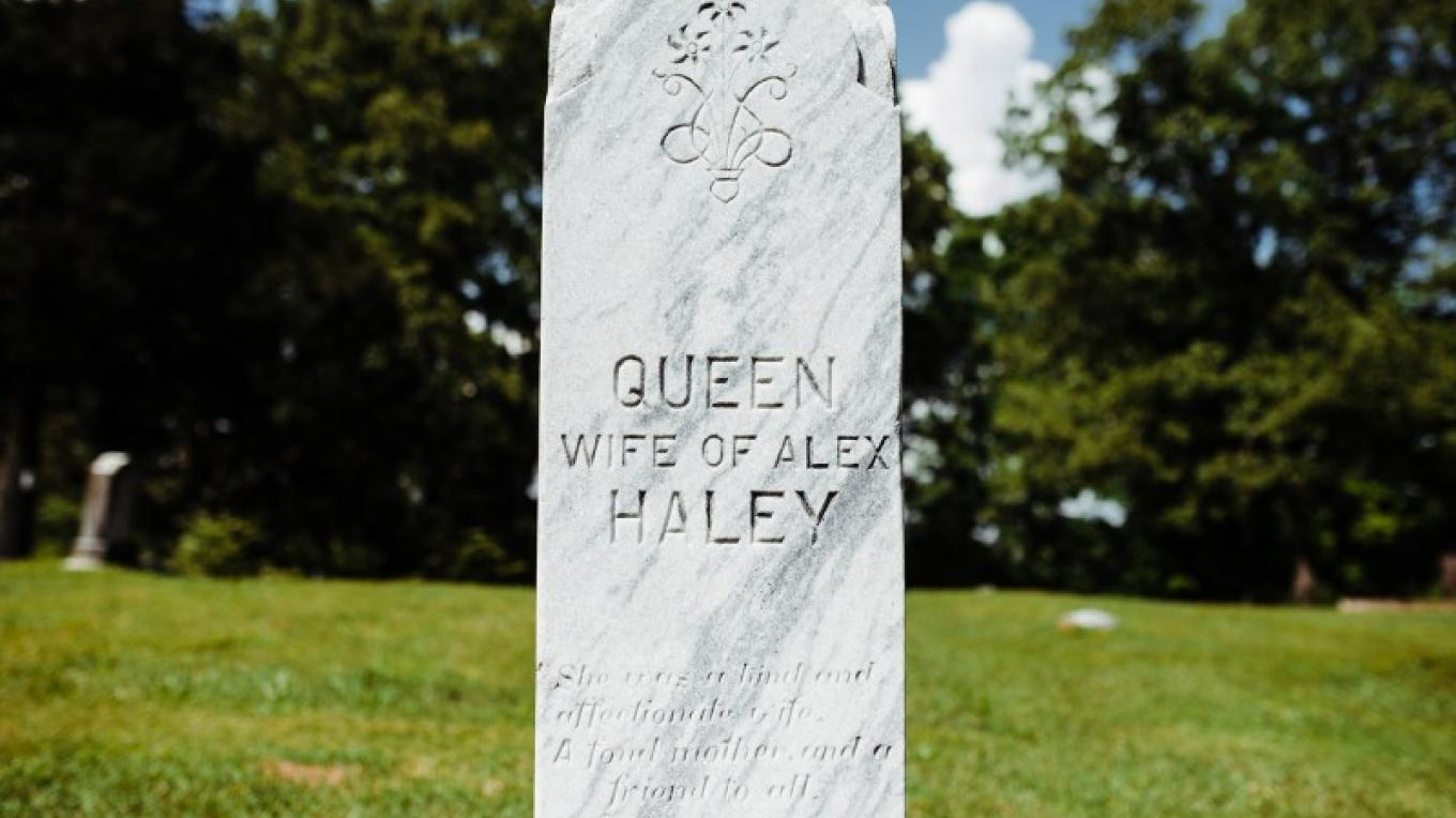 Alex and Queen Haley are buried in the Savannah Cemetery. – Cari Griffith