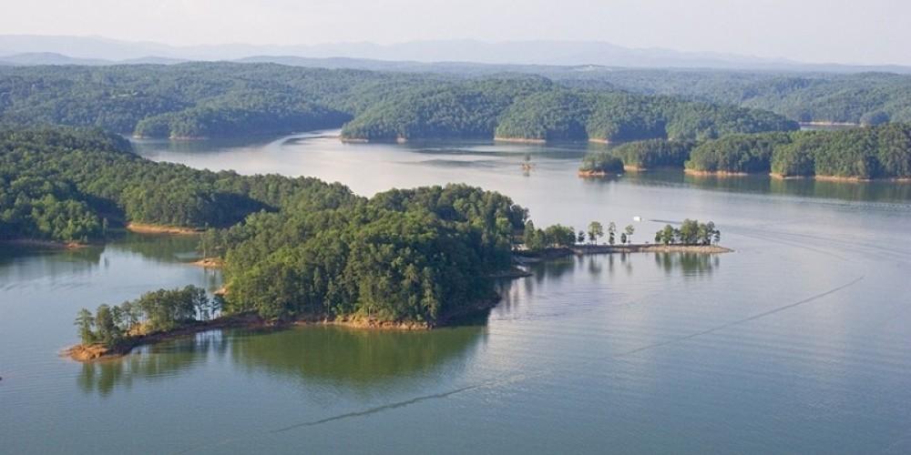 Carters Lake - Woodring