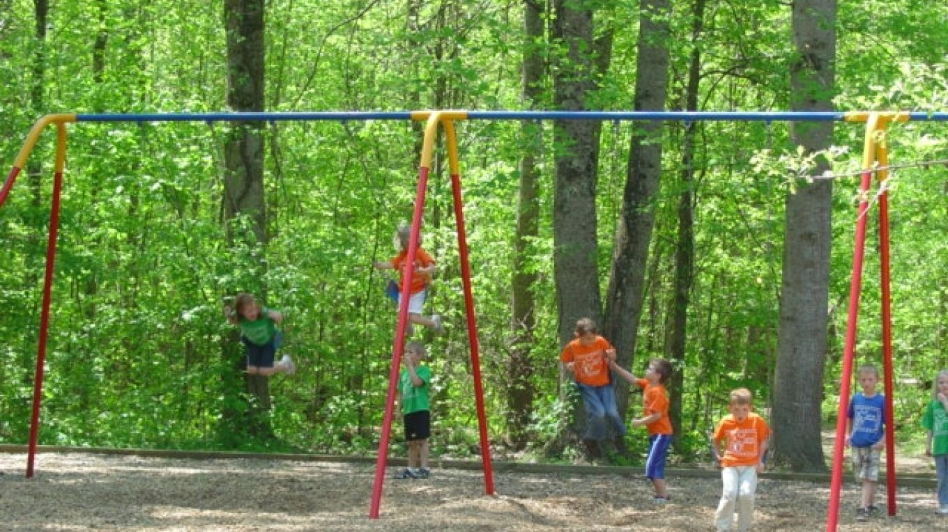 Playground in Gee Creek Campground – Tennessee State Parks