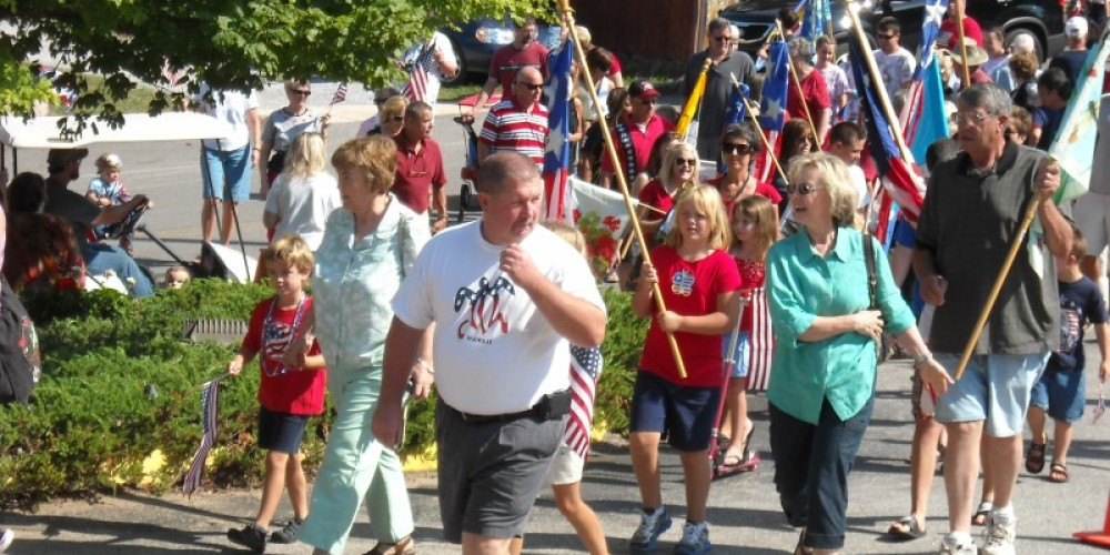 Patriot Walking Parade on Main Street Ducktown – Bobbie Morgan