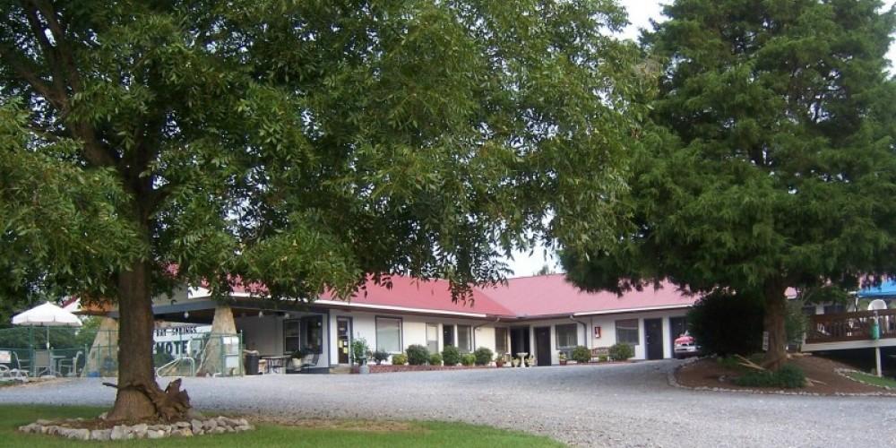 Bay Springs Country Inn