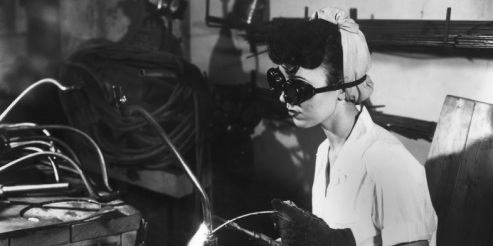 Women worked a lot in the factories since most of the men were fighting overseas. – DOE Photo by Ed Westcott