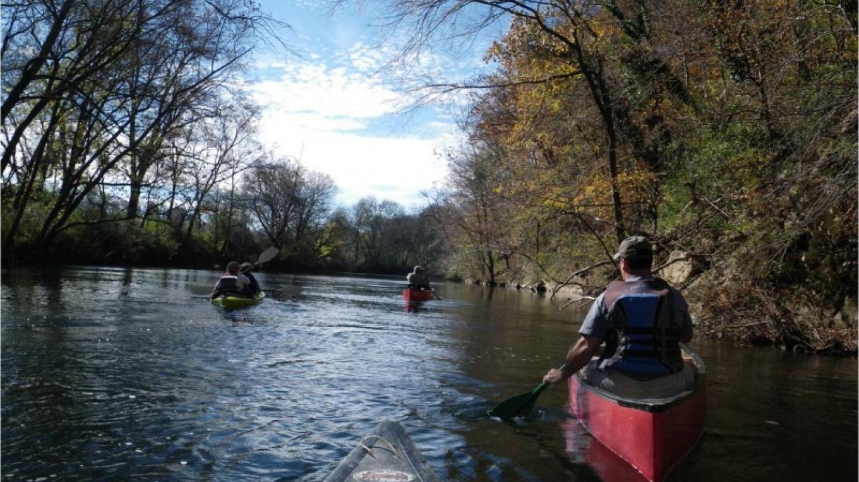 Canoe floatilla