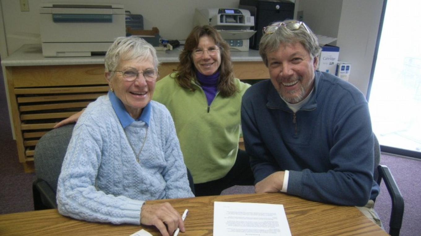 FLC Conservation Easement signing in Blount County - (l to r) Catherine Gilreath, landowner with Meredith Clebsch, FLC Land Director and Bill Clabough, FLC Executive Director – Elise Eustace, FLC Staff
