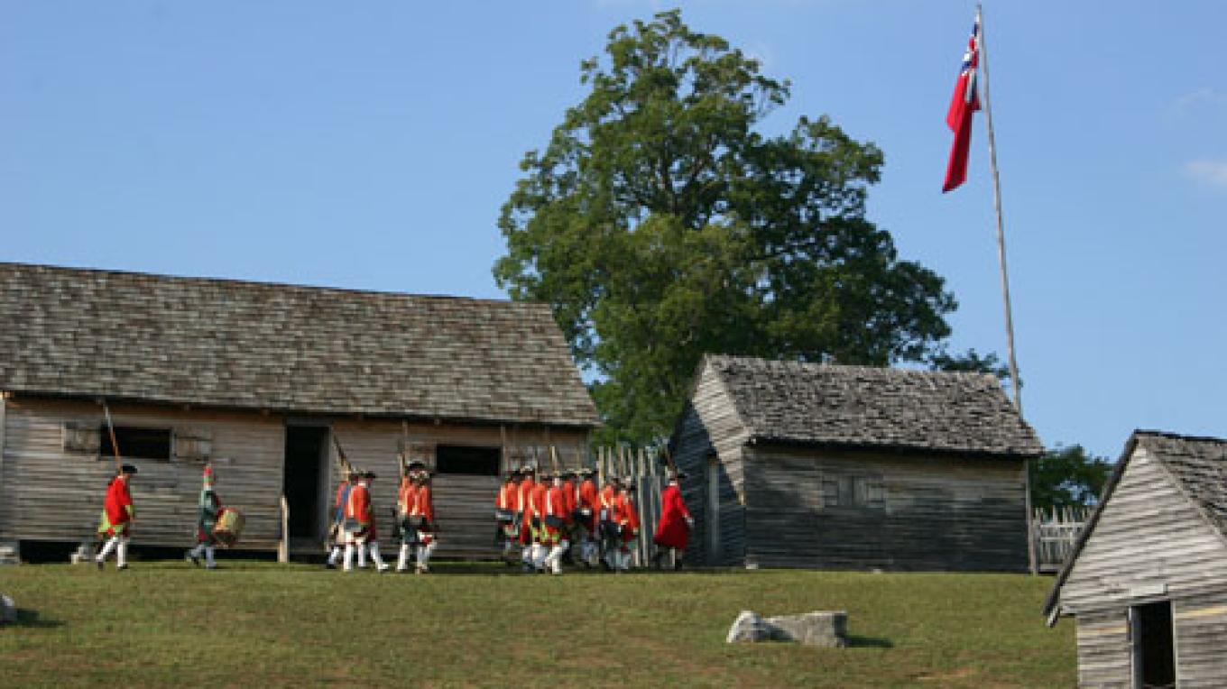 Red Coats prepare to march out at Fort Loudoun – State Photo