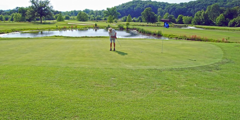 Going for par! – Lake Barkely State Resort Park