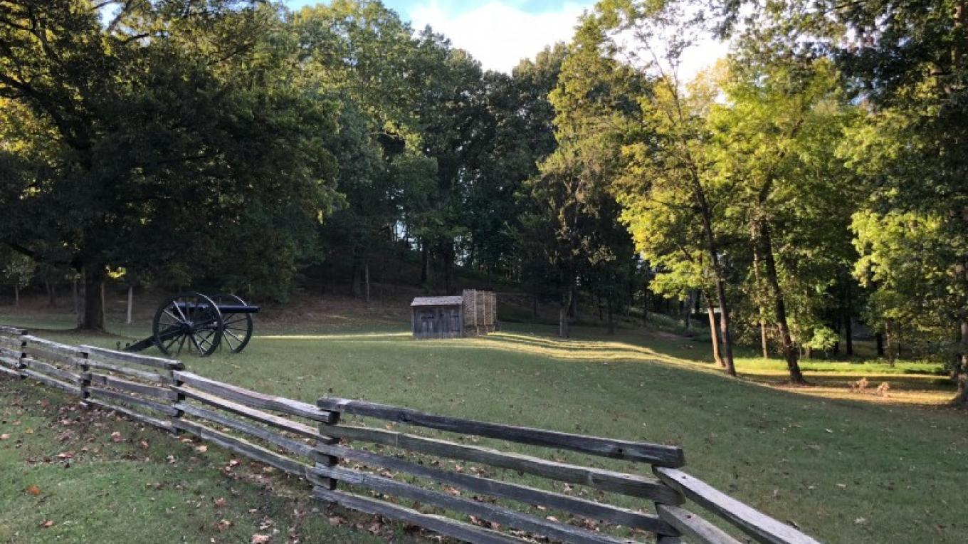 With the lush woods, splitrail fences, views of the river, cannons and huts, picturing this area during the Civil War is not a difficult leap. – Susan Jones
