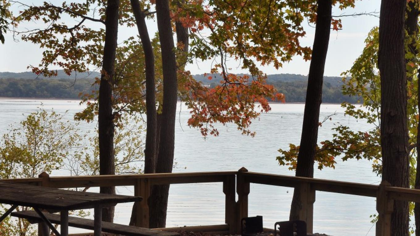 The best seat in the house isn't in a restaurant it's at a picnic table! ADA accessible picnic areas, many with fabulous views of Kentucky Lake are available throughout the park. – Jean Owens