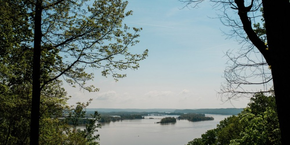 A beautiful view of the Tennessee River and Duck River Bottoms – Cari Griffith