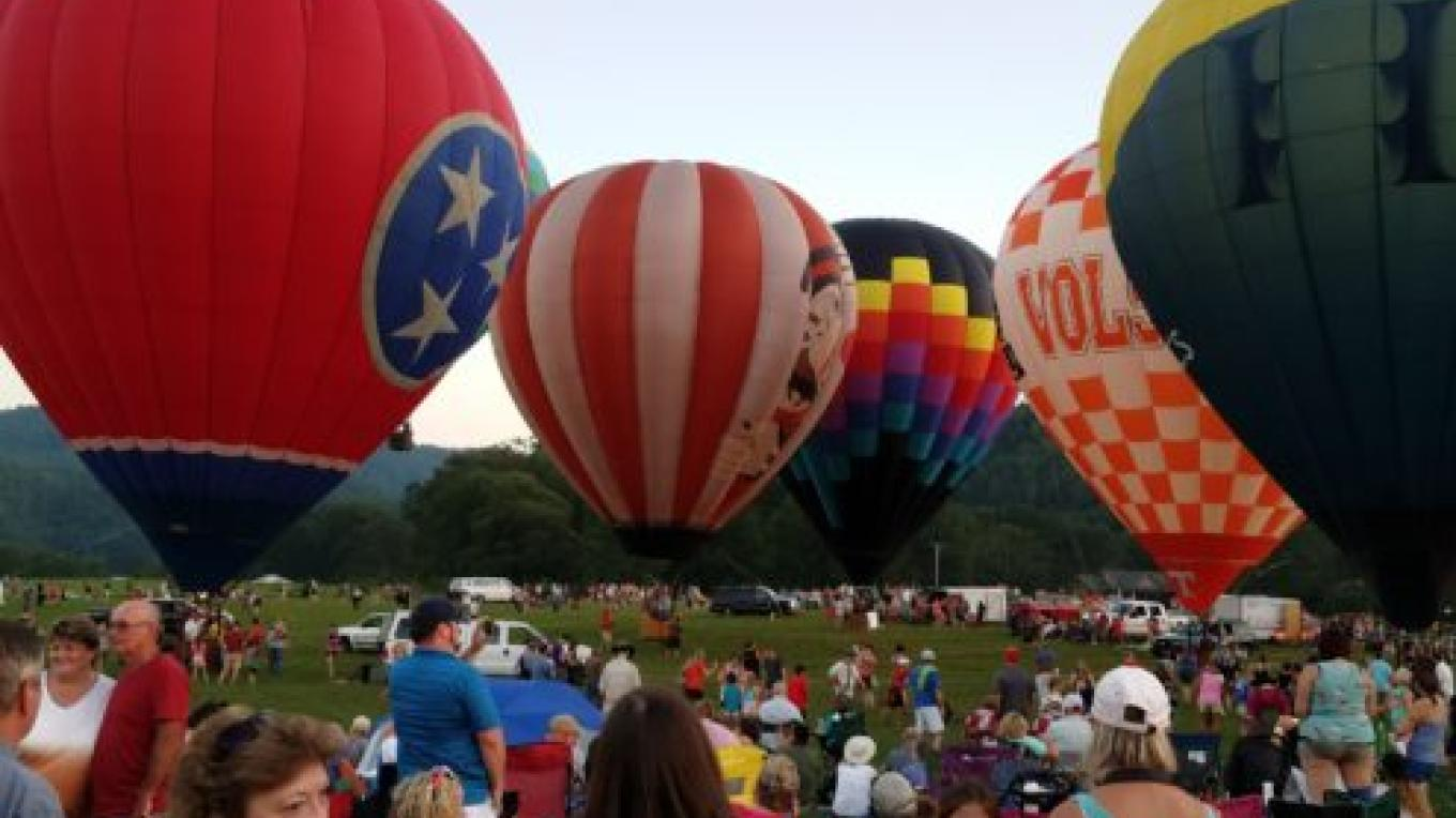 Fun for the entire family. – Great Smoky Mountain Balloon Festival