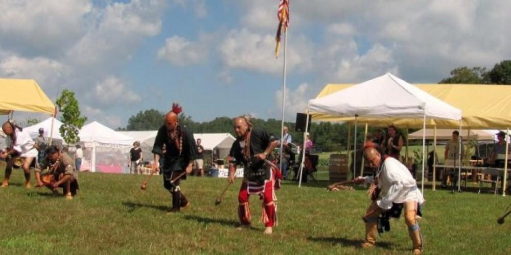 The Cherokee Ani-Kituhwa Dancers – Bob Eldridge