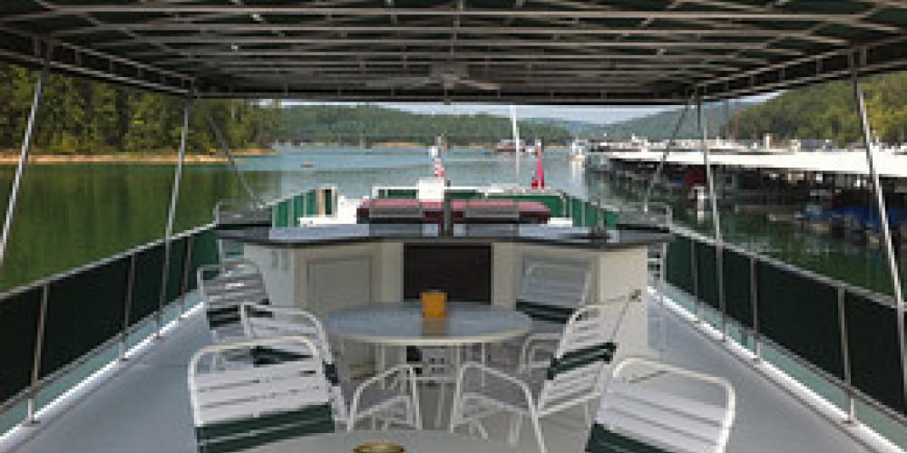 Houseboat top deck