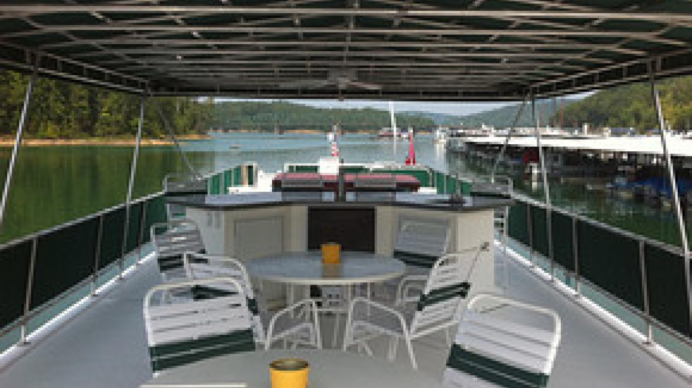Houseboat top deck
