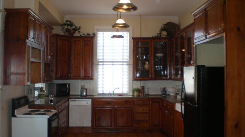 Fully-equipped kitchen. – Radonna Parrish