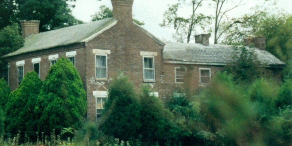 Sharps Ousley House – Leon Graves