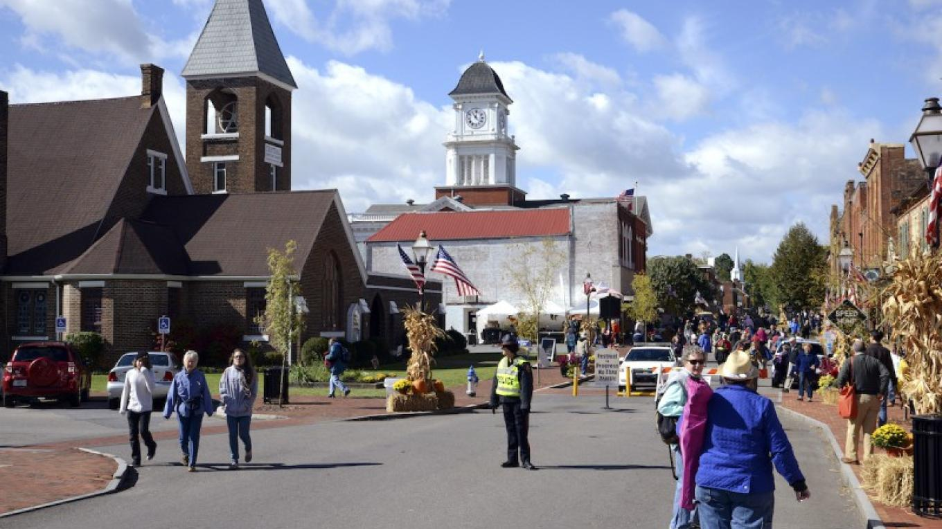 Main Street in Jonesborough Tennessee. – Photograph curtesy of Tennessee Tourism