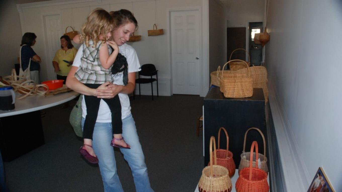"""""""Baskets by Charles Ross"""", exhibit June & July 2011 – Jim Caldwell"""