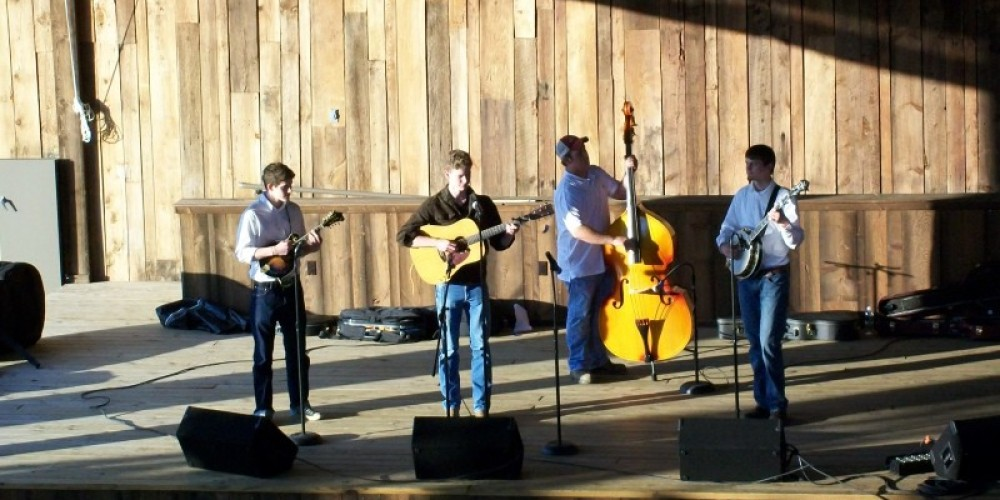 6 Mile Express Concert, part of Townsend Spring Festival – Townsend Visitors Center