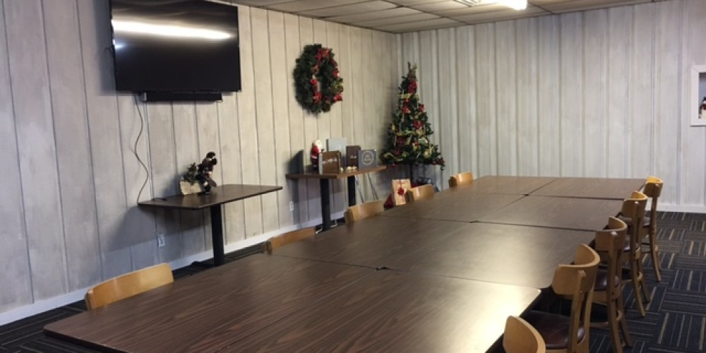 Rent out banquet room for private parties or meeting.