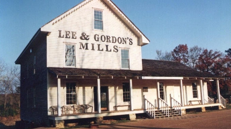 Lee and Gordon's Mills