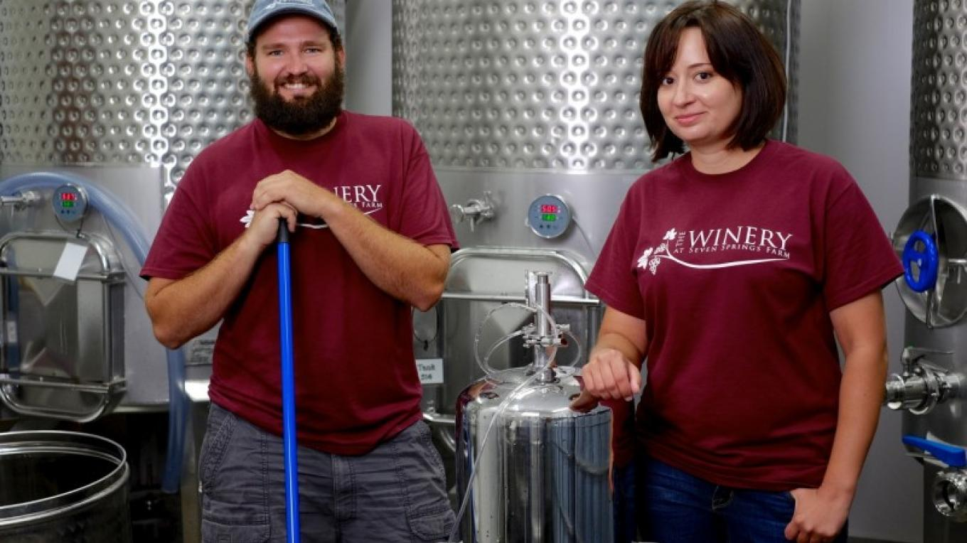 Winemakers Nikki and Michael. – James Riddle